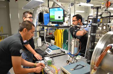 Mechanical Engineering reapairing industrial machine